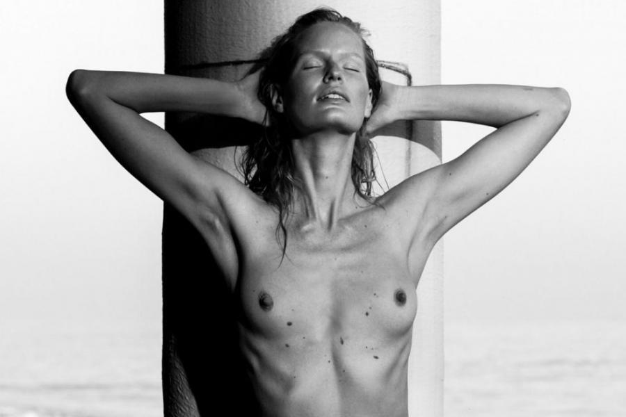 Caroline Winberg Nude Sexy Photos 59