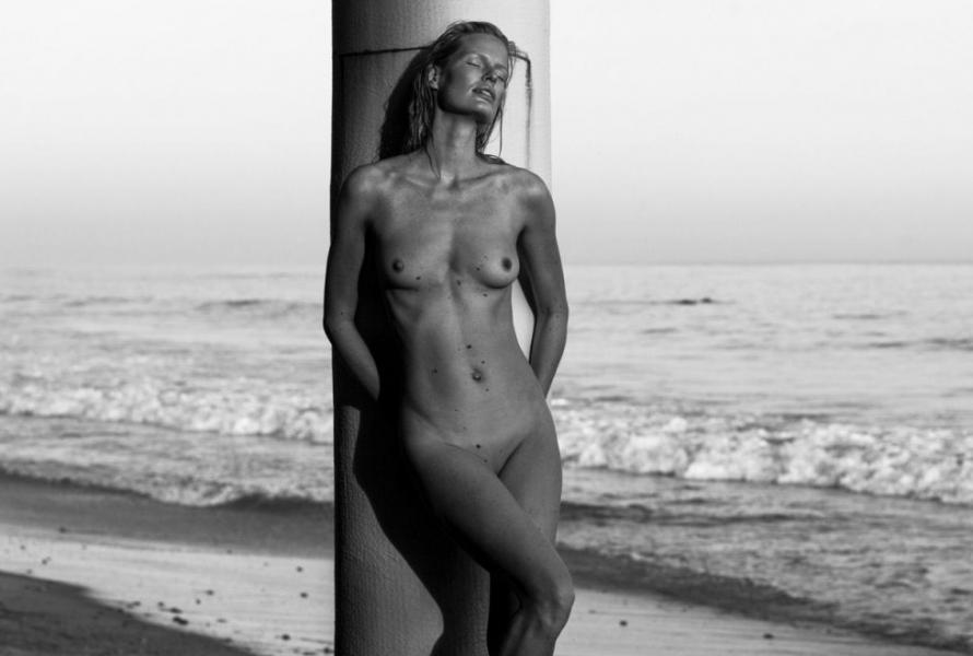 Caroline Winberg Nude Sexy Photos 62