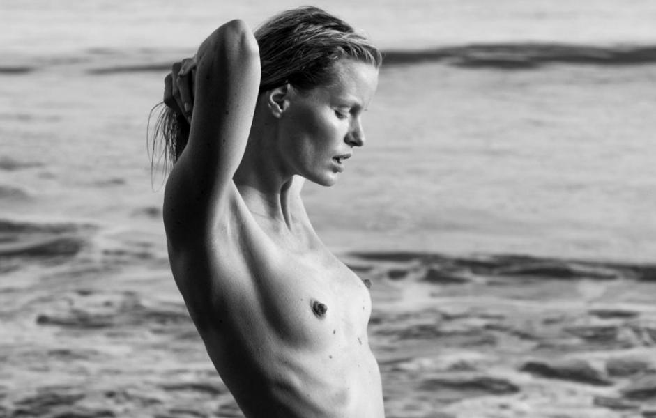Caroline Winberg Nude Sexy Photos 64