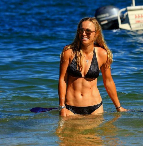 Caroline Wozniacki Nude Sexy Photos 13