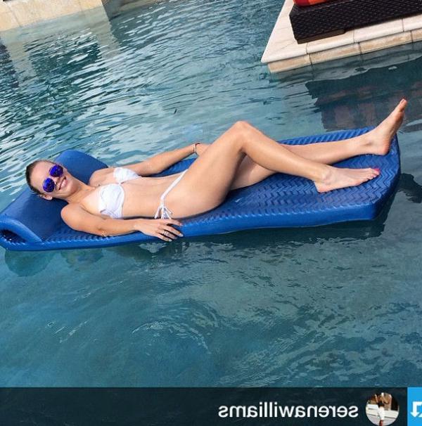 Caroline Wozniacki Nude Sexy Photos 41