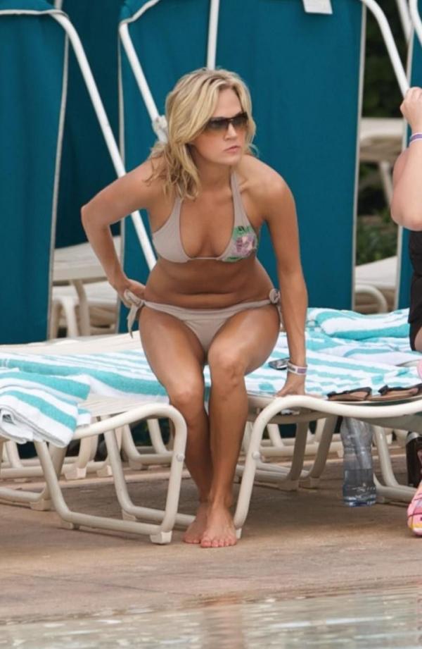 Carrie Underwood Sexy Photos 26