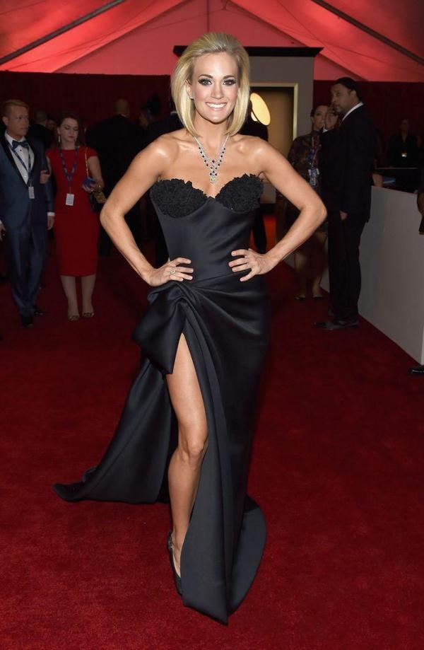 Carrie Underwood Sexy Photos 27