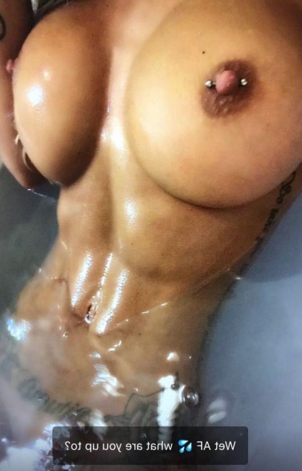 Cassie Badass Cass Fit Nude Photos22