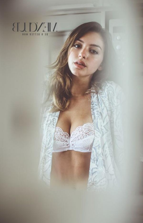 Celine Farach Sexy