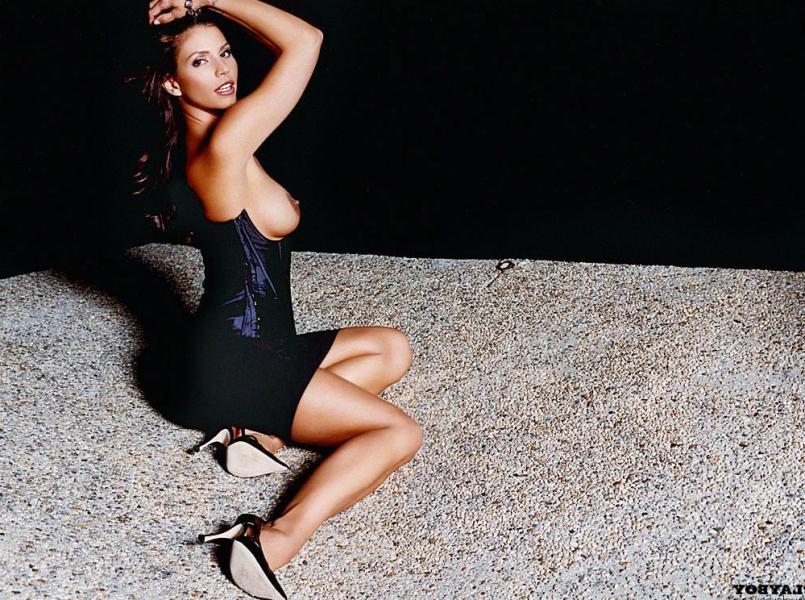 Charisma Carpenter Nude Photos 20