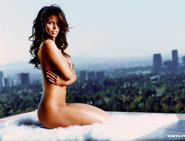 Charisma Carpenter Nude Photos 21