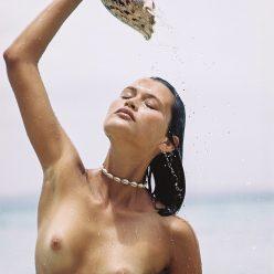 Chloé Lecareux topless