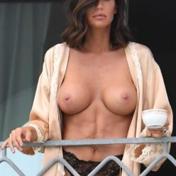 Claudia Galanti Topless Photos 41