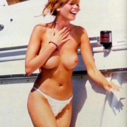 Claudia Schiffer Naked Photos 13