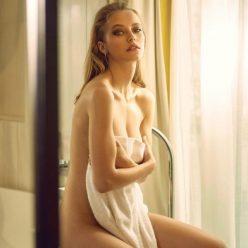 Coline Aulagnier Nude Sexy Photos 5