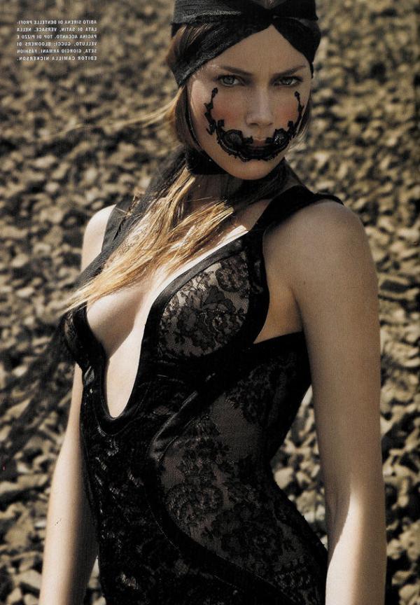 Doutzen Kroes Nude Sexy Pics 101