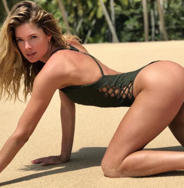 Doutzen Kroes Nude Sexy Pics 104