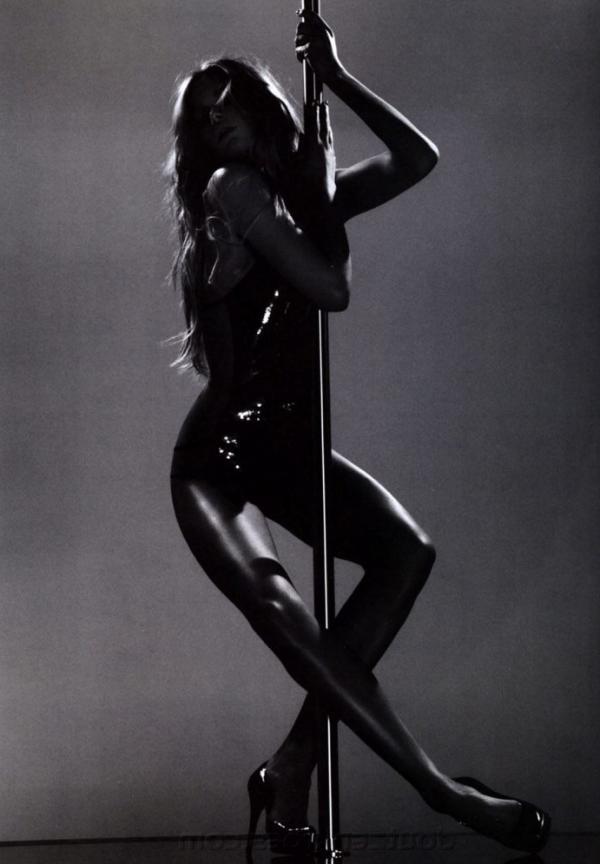 Doutzen Kroes Nude Sexy Pics 86