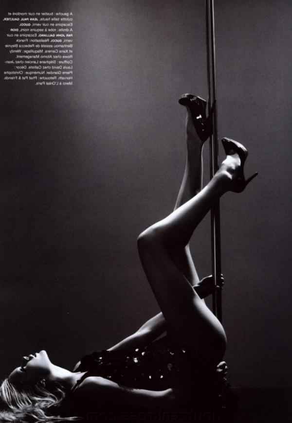 Doutzen Kroes Nude Sexy Pics 94