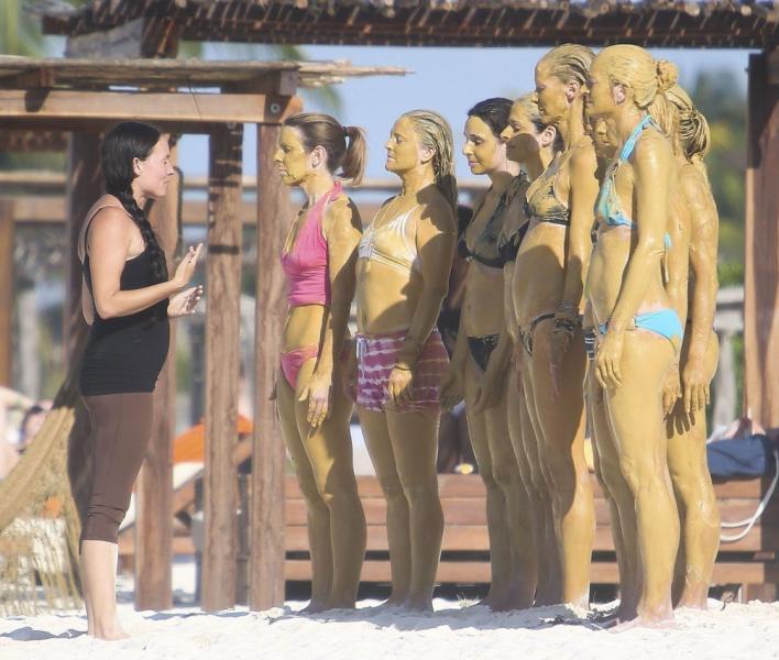 Drew Barrymore Pokies Photos 10