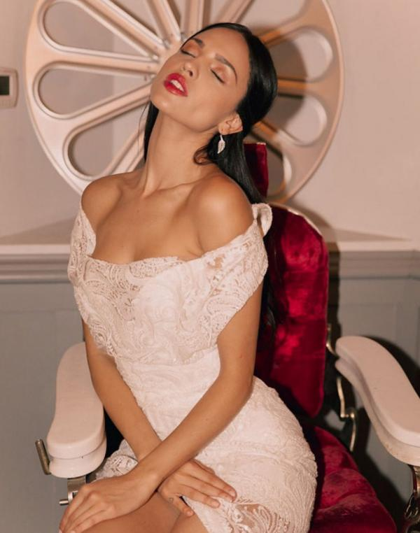 Eiza Gonzalez Sexy Photos 44