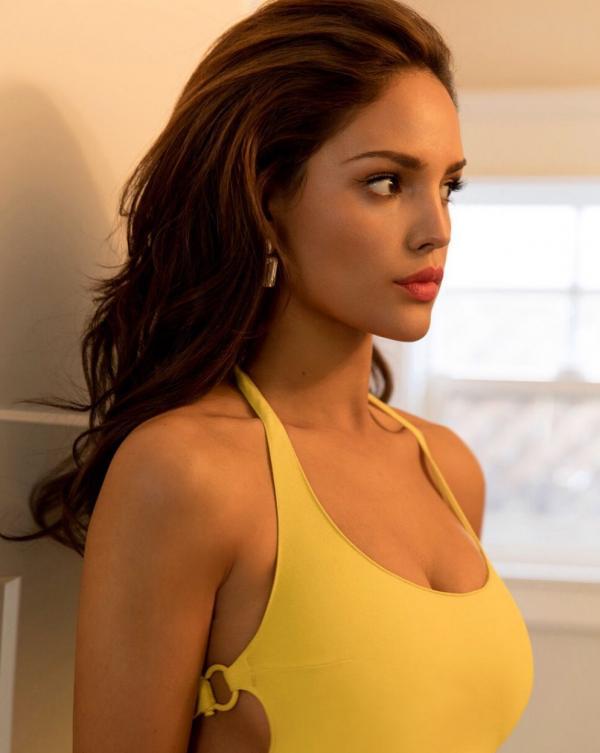 Eiza Gonzalez Sexy Photos 59