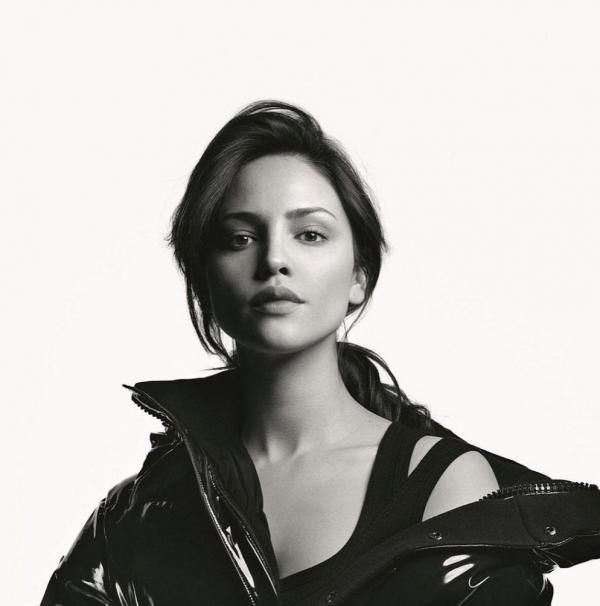 Eiza Gonzalez Sexy Photos 90