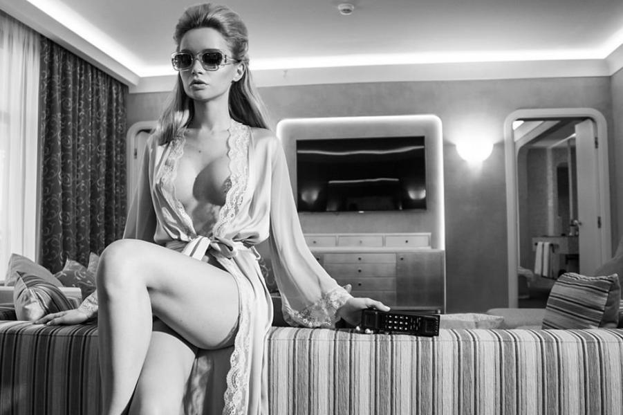 Ekaterina Zueva Nude Sexy Photos 20