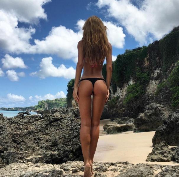 Ekaterina Zueva Nude Sexy Photos 46