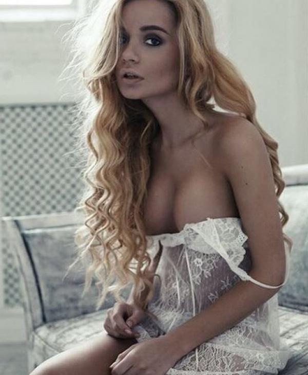 Ekaterina Zueva Nude Sexy Photos 48