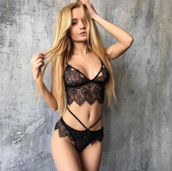 Ekaterina Zueva Nude Sexy Photos 58
