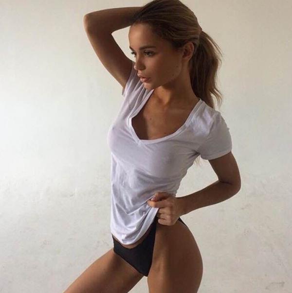 Ekaterina Zueva Nude Sexy Photos 7