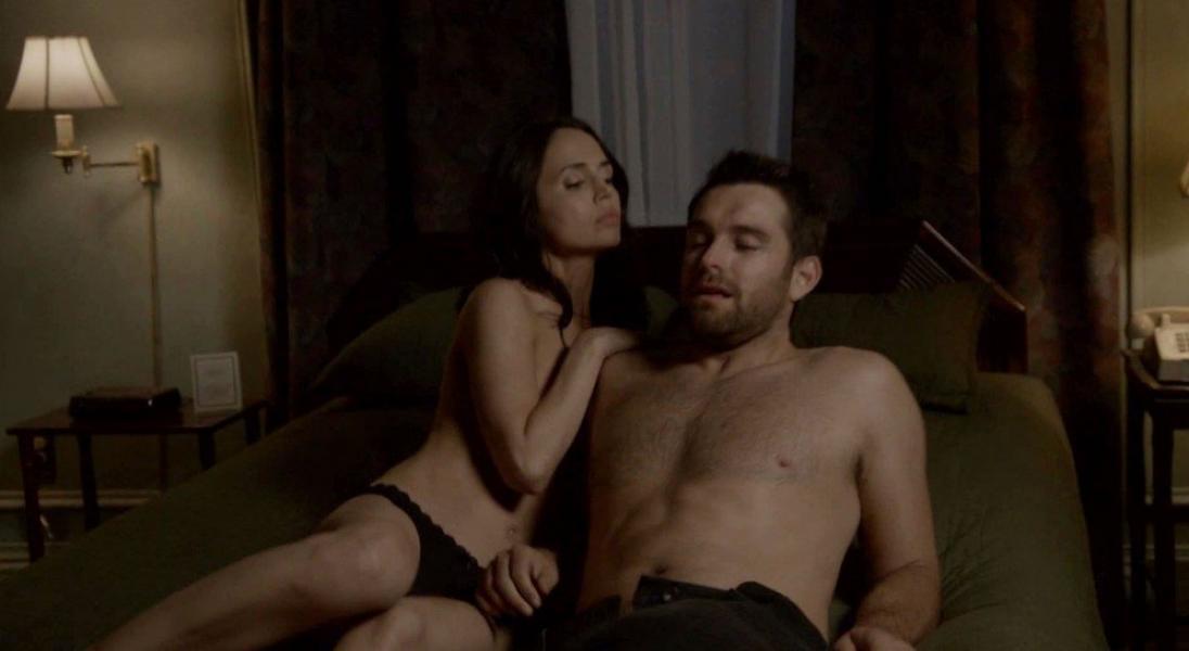 Elina Dushku and Casey LaBow Nude Banshee 8
