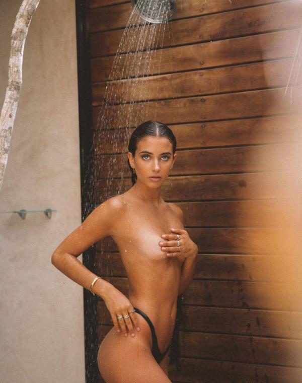 Elisha Herbert Nude Sexy Photos 101