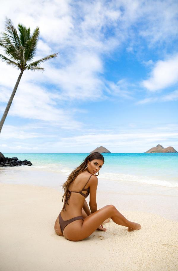Elisha Herbert Nude Sexy Photos 127