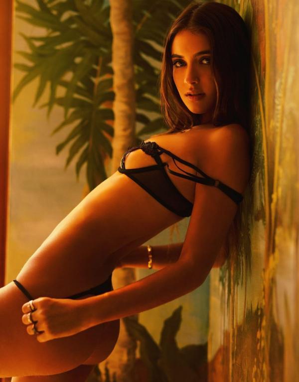 Elisha Herbert Nude Sexy Photos 129