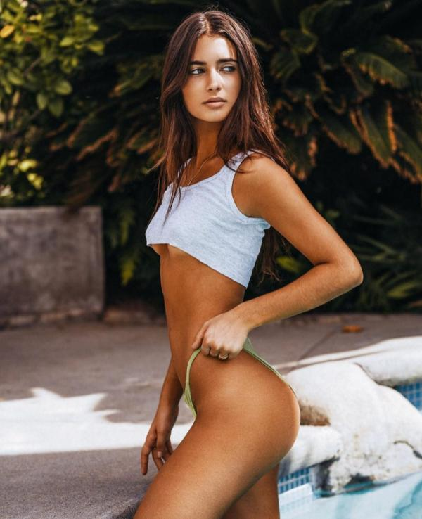 Elisha Herbert Nude Sexy Photos 138
