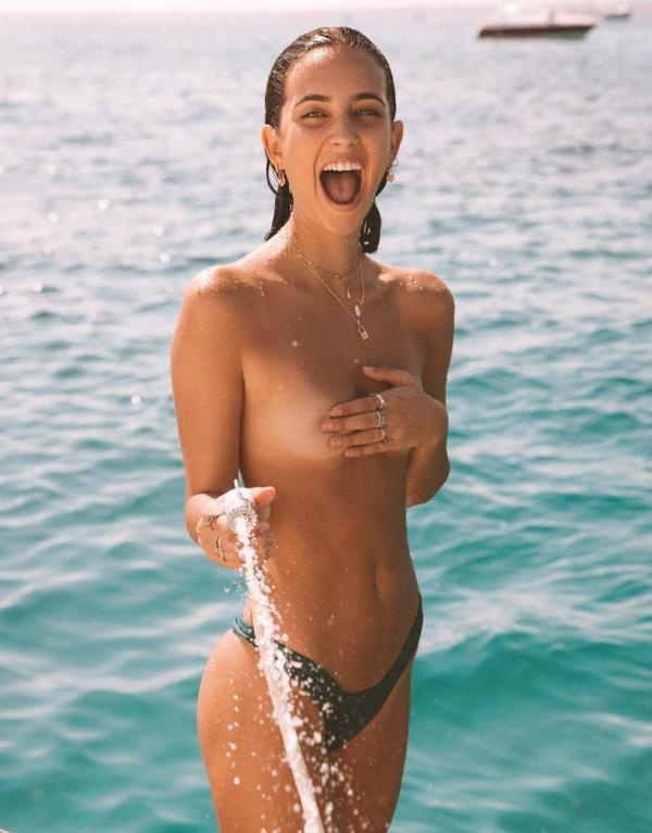 Elisha Herbert Nude Sexy Photos 148