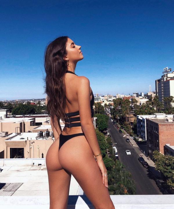 Elisha Herbert Nude Sexy Photos 22