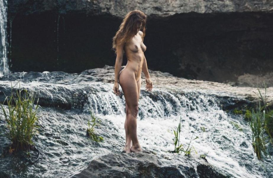 Eliya Aceta Nude Sexy Photos 10