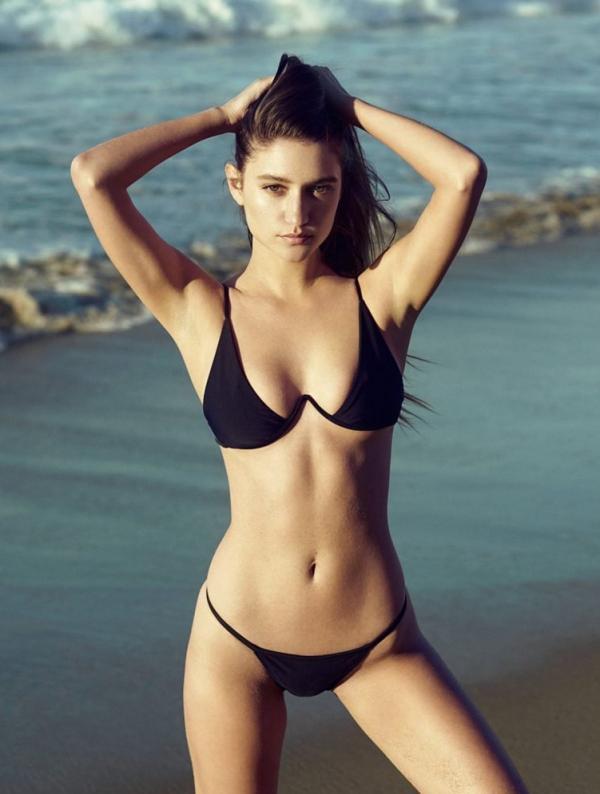 Elizabeth Elam Sexy Topless Pics 10