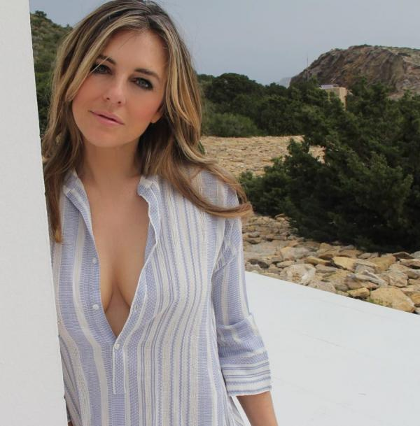 Elizabeth Hurley Sexy Topless Photos 34