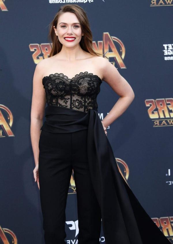 Elizabeth Olsen Sexy