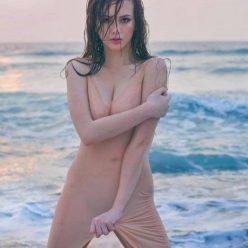 Ellen Adarna Nude Sexy Photos 10