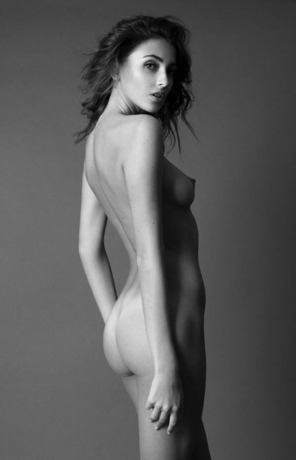 Skorge  nackt KJ Nude celebrity