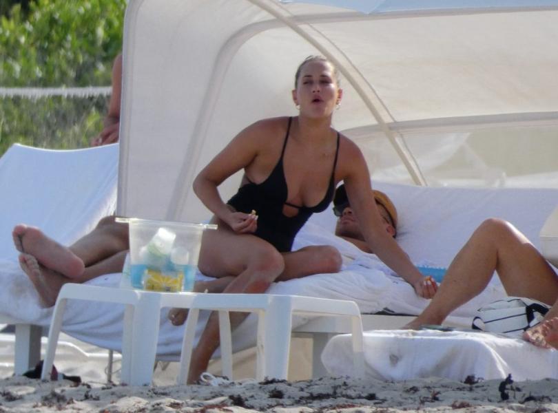 Francesca Aiello Nude Sexy Photos 58