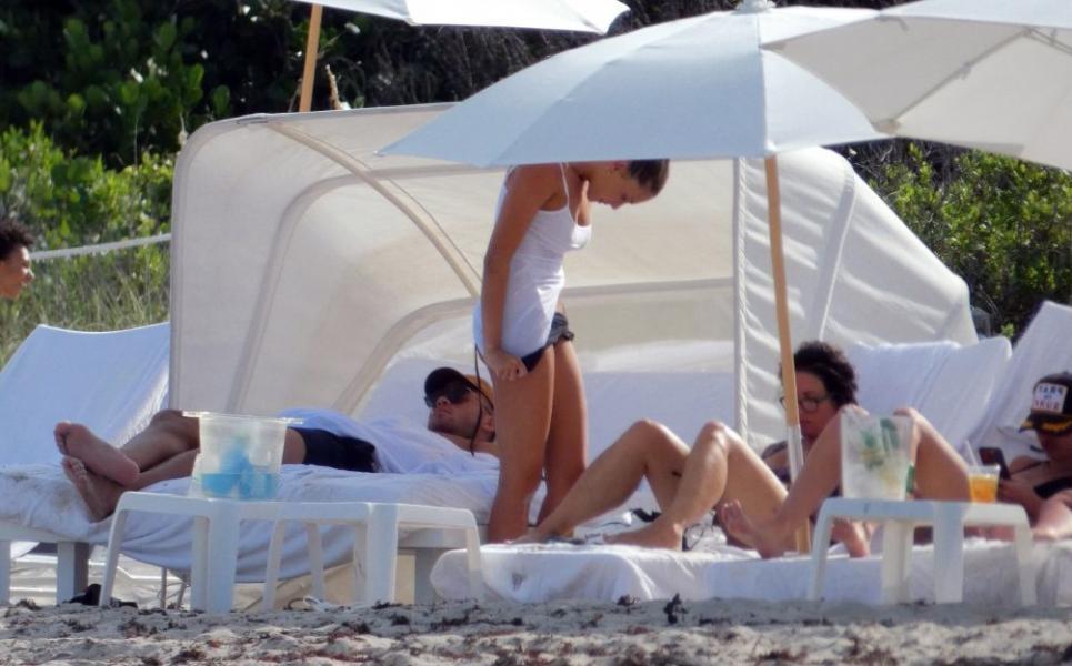 Francesca Aiello Nude Sexy Photos 7