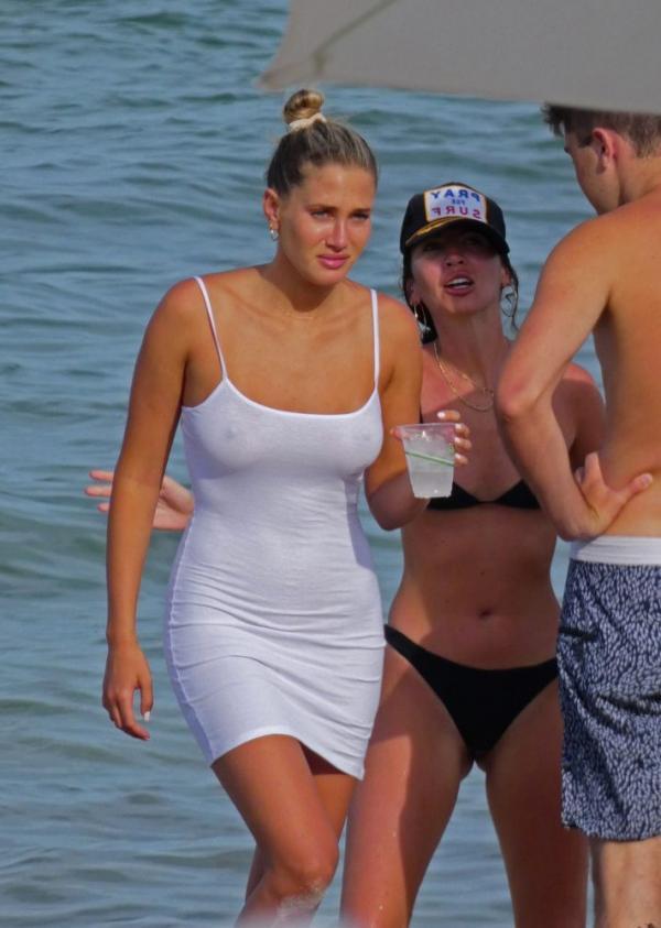 Francesca Aiello Nude Sexy Photos 83