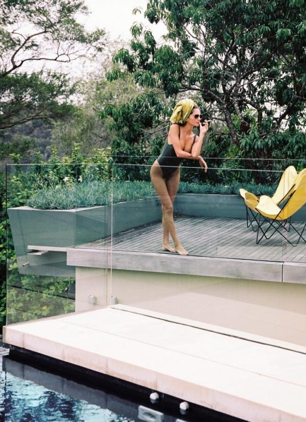 Gabrielle Caunesil Nude Sexy Photos 14