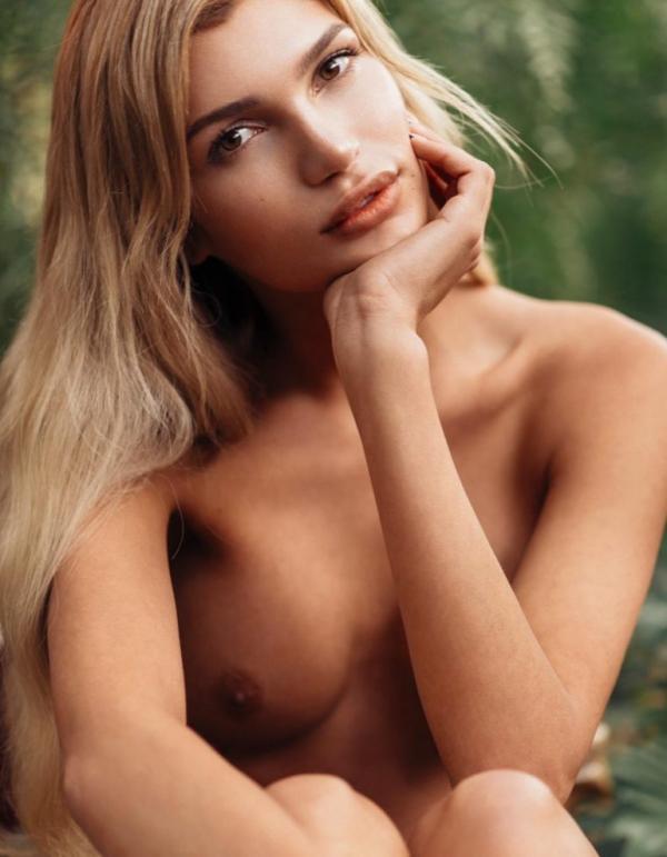 Nackt Brooke Buchanan  Who is