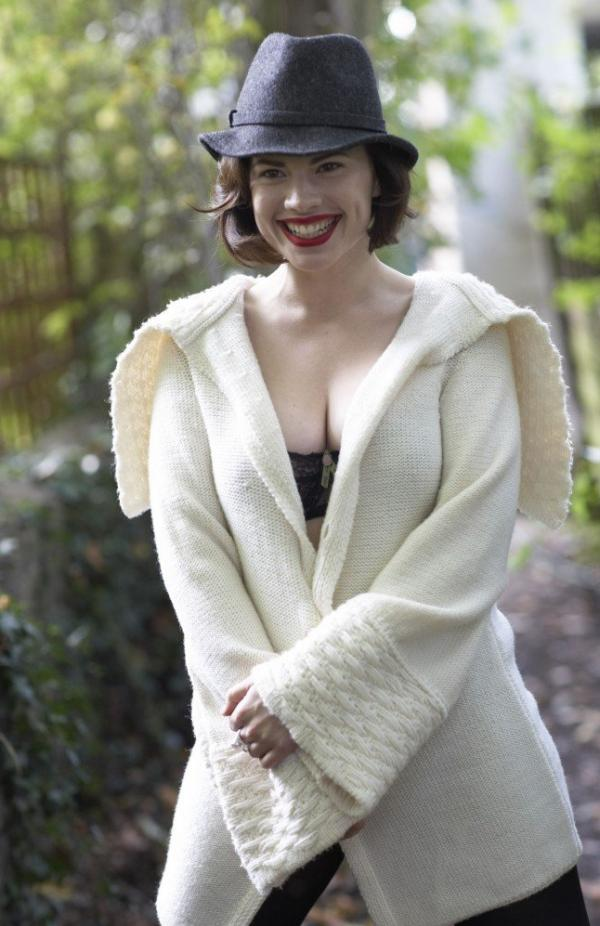 Hayley Atwell Topless Sexy Photos 5