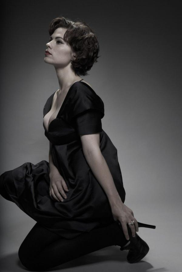 Hayley Atwell Topless Sexy Photos 6