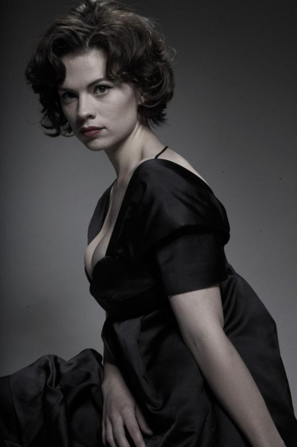 Hayley Atwell Topless Sexy Photos 8