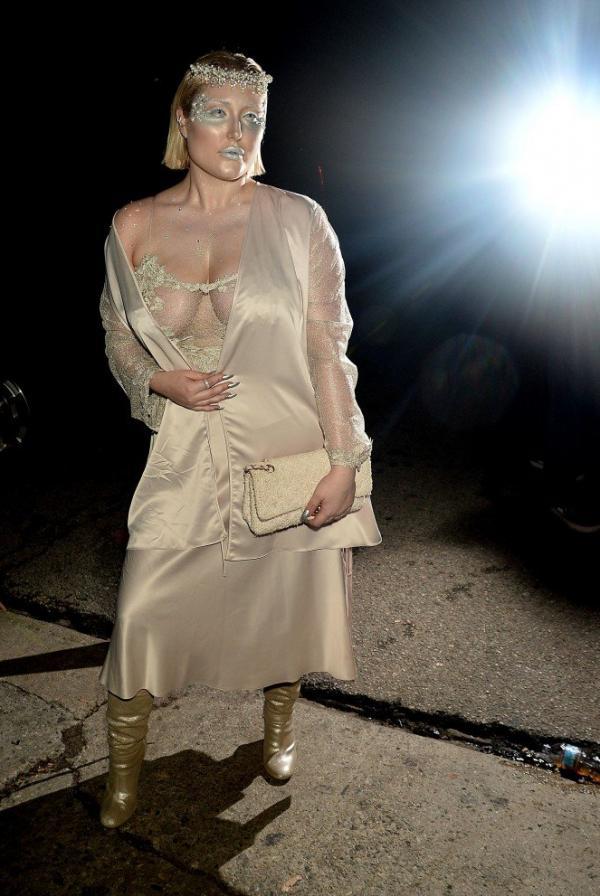 Hayley Hasselhoff Big Boobs Photos 9